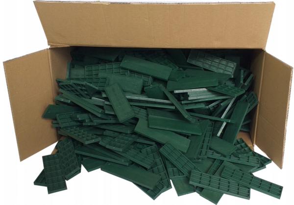 BOX OF GREEN